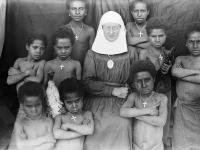 77-soeur,enfants croix,animaux